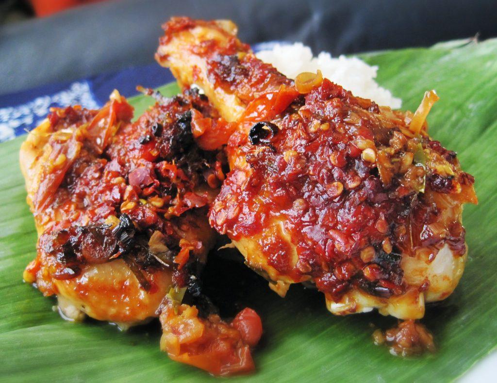 Ayam Bumbu Rujak Khas Jawa Timur